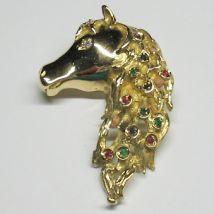 Ciondolo testa di cavallo con Brillanti, Zaffiri, Rubini e Smera
