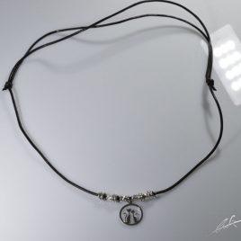 Girocollo Gatto innamorato con cordino cerato regolabile e intercalari (disponibile anche in versione braccialetto)